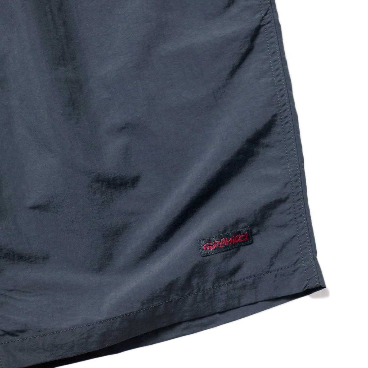 GRAMICCI / SHELL PACKABLE SHORTS (Black)左裾ビスネーム