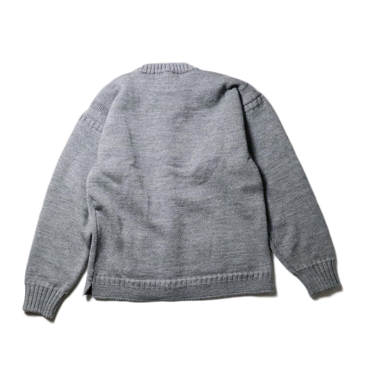 Guernsey Woollens / Bouet (Md Grey)背面