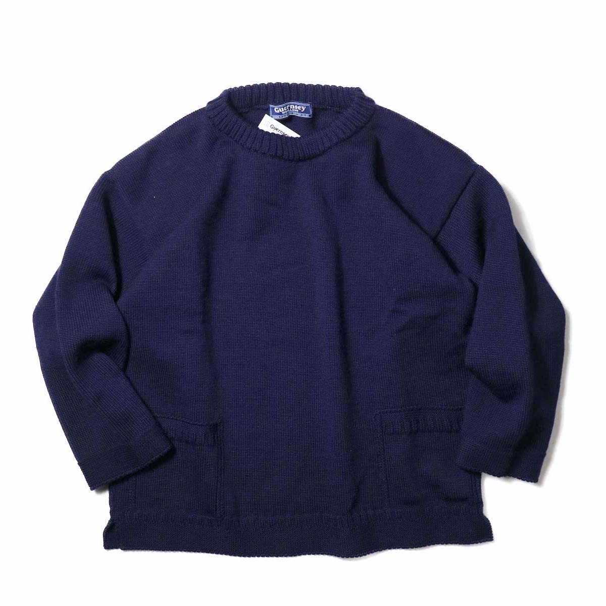 Guernsey Woollens / Reveaux (Navy)正面