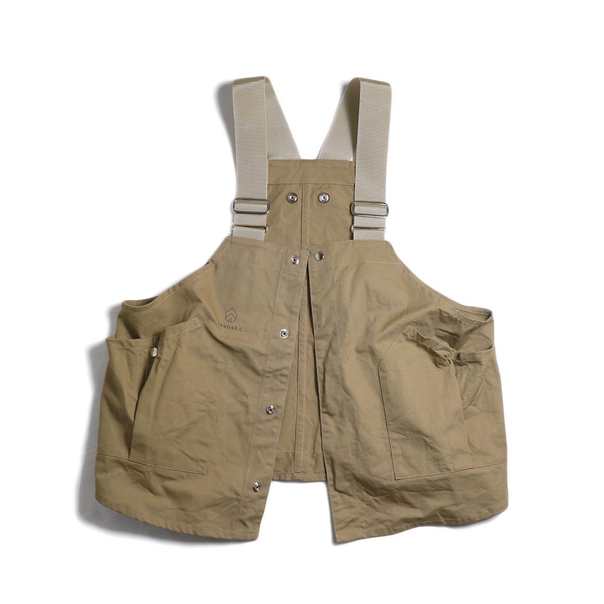 HOBO / Cotton Twill Gardener Vest by LAND & B.C. -Beige