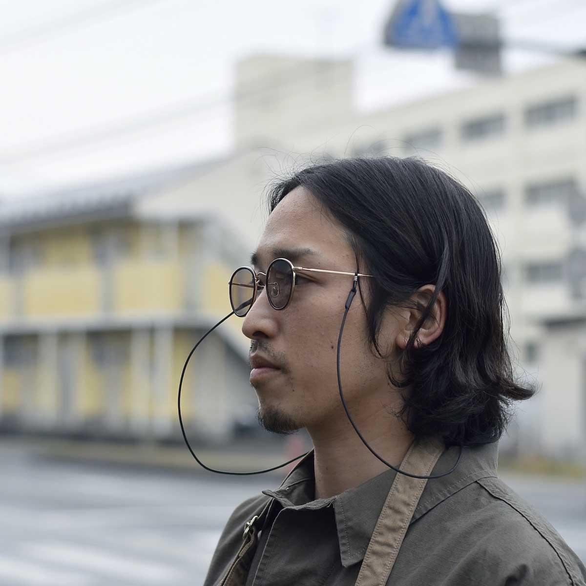 HOBO / ROUND FRAME TITANIUM GLASSES by KANEKO OPTICAL 着用イメージ②