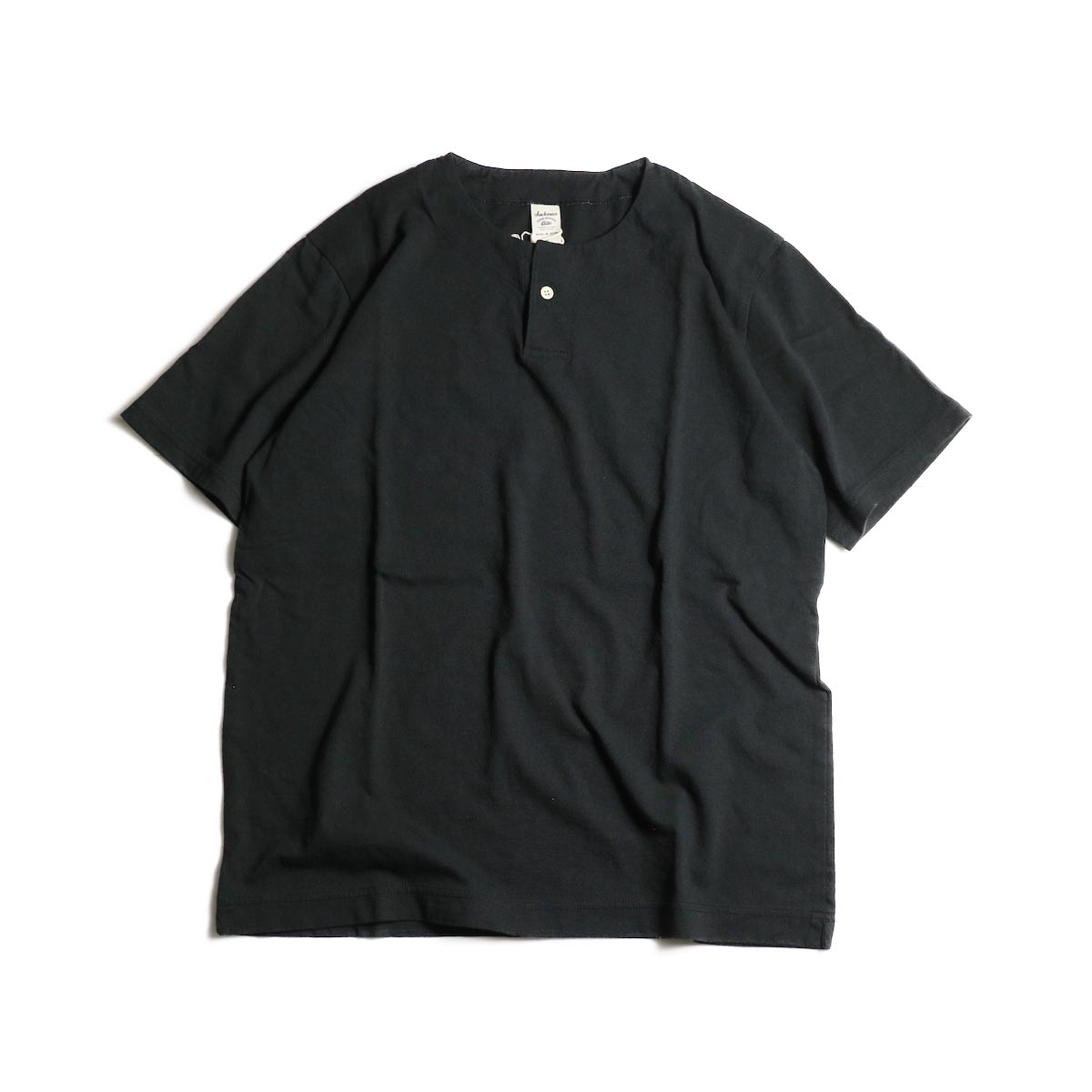 Jackman / Henley neck T-Shirt (Black)正面