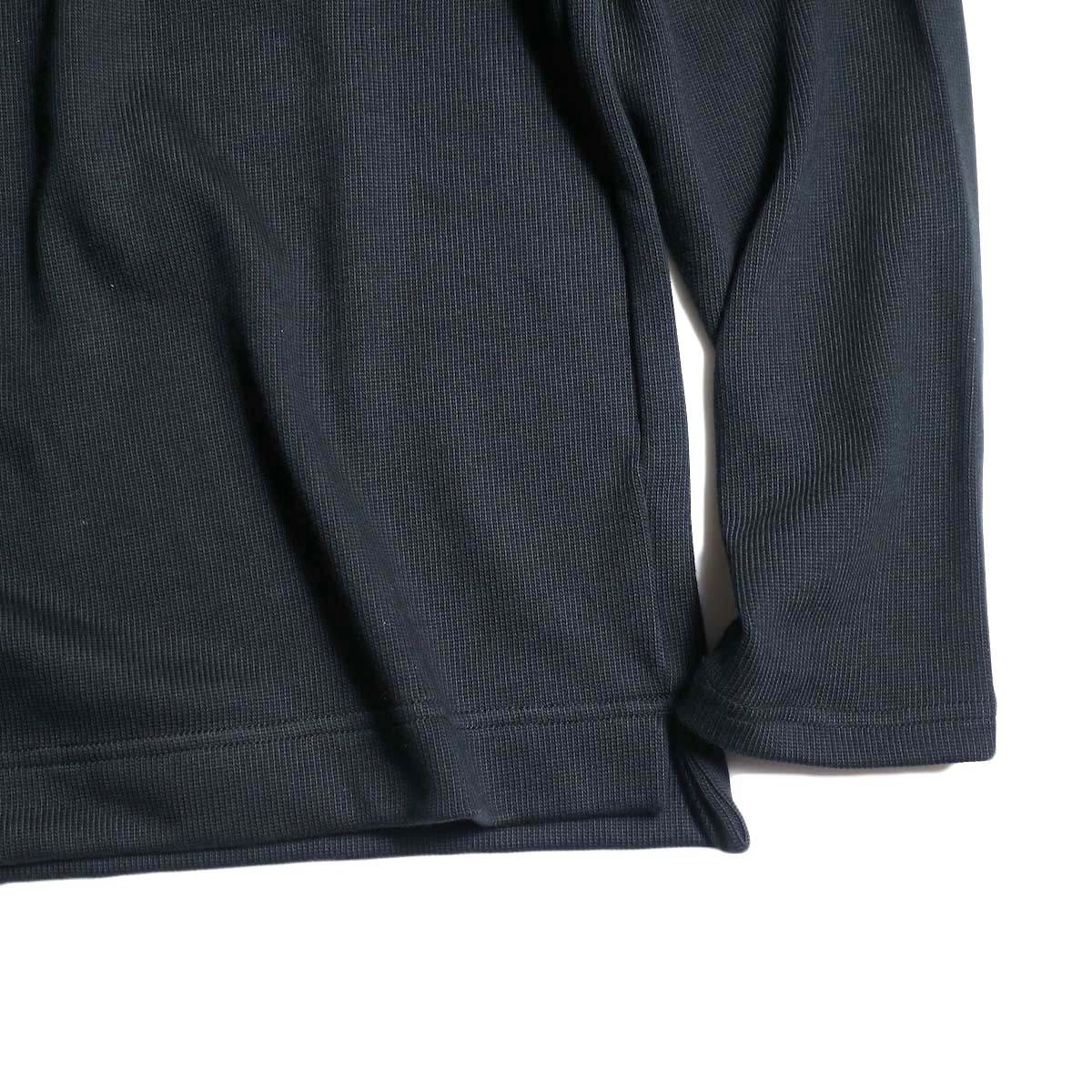Jackman / Heavy Pima Crewneck (Black) 裾、袖