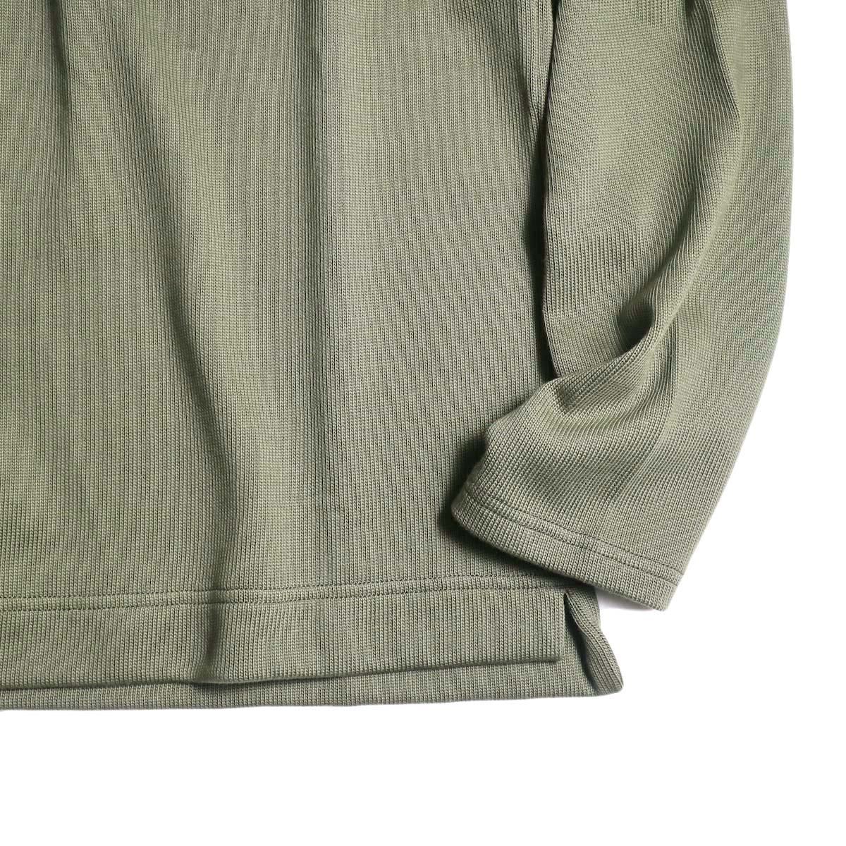 Jackman / Heavy Pima Crewneck (khaki) 裾、袖