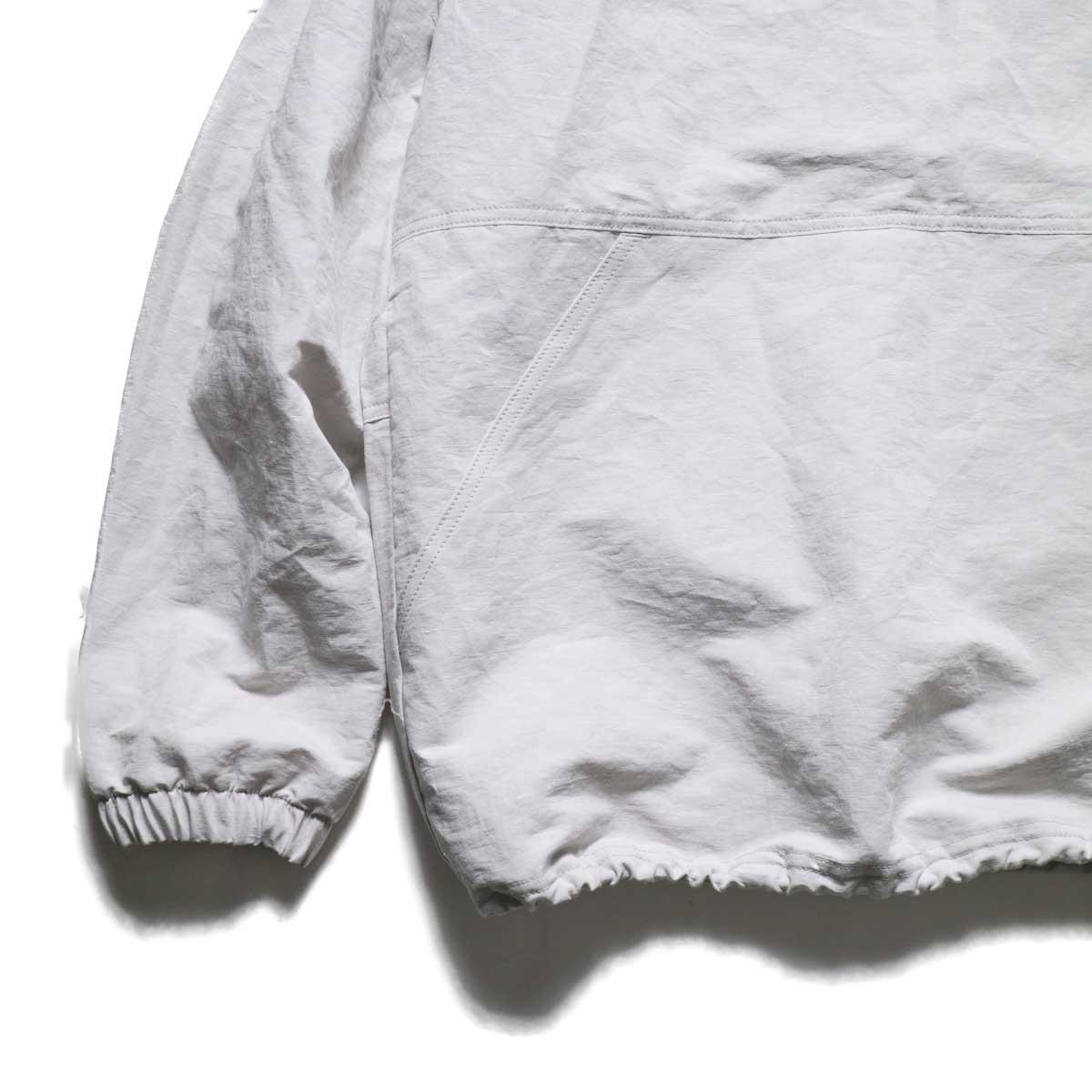 Jackman / Wind Trainer (Ivory) 袖・裾