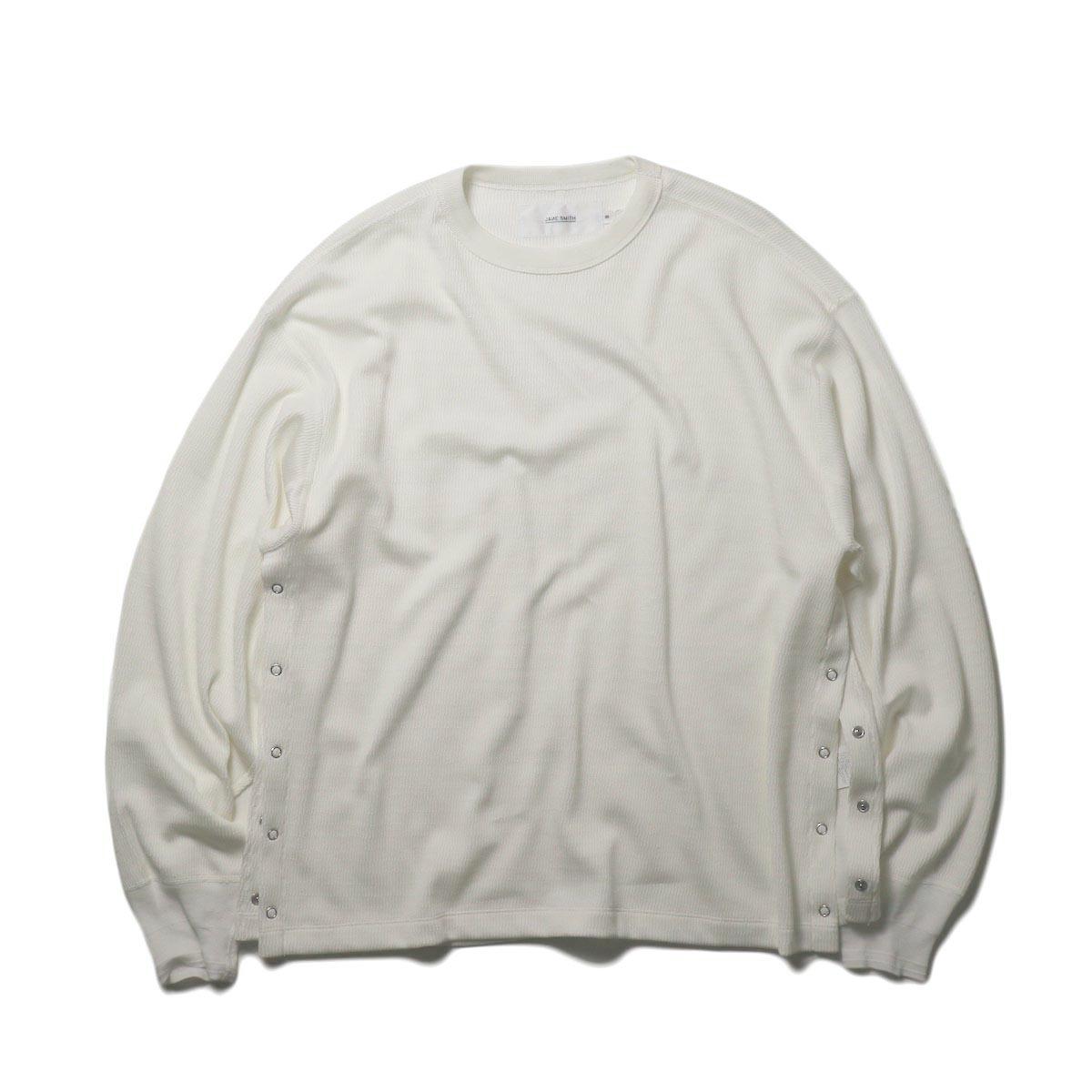 JANE SMITH / SIDE SNAP CREW NECK (white)