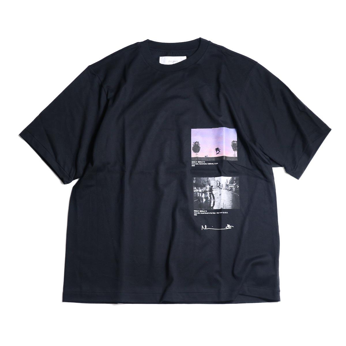 JANE SMITH / Print Tee (KERRY GETZ & JASON DULL,CANAL STREET IN THE RAIN S/S) -Black正面
