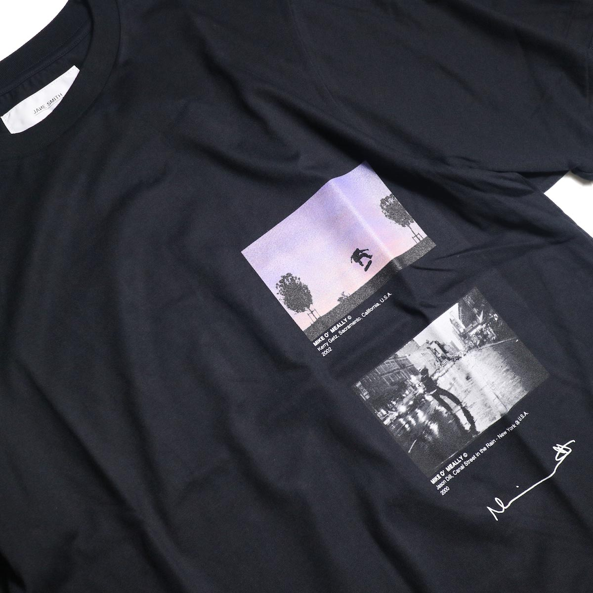 JANE SMITH / Print Tee (KERRY GETZ & JASON DULL,CANAL STREET IN THE RAIN S/S) -Blackプリント