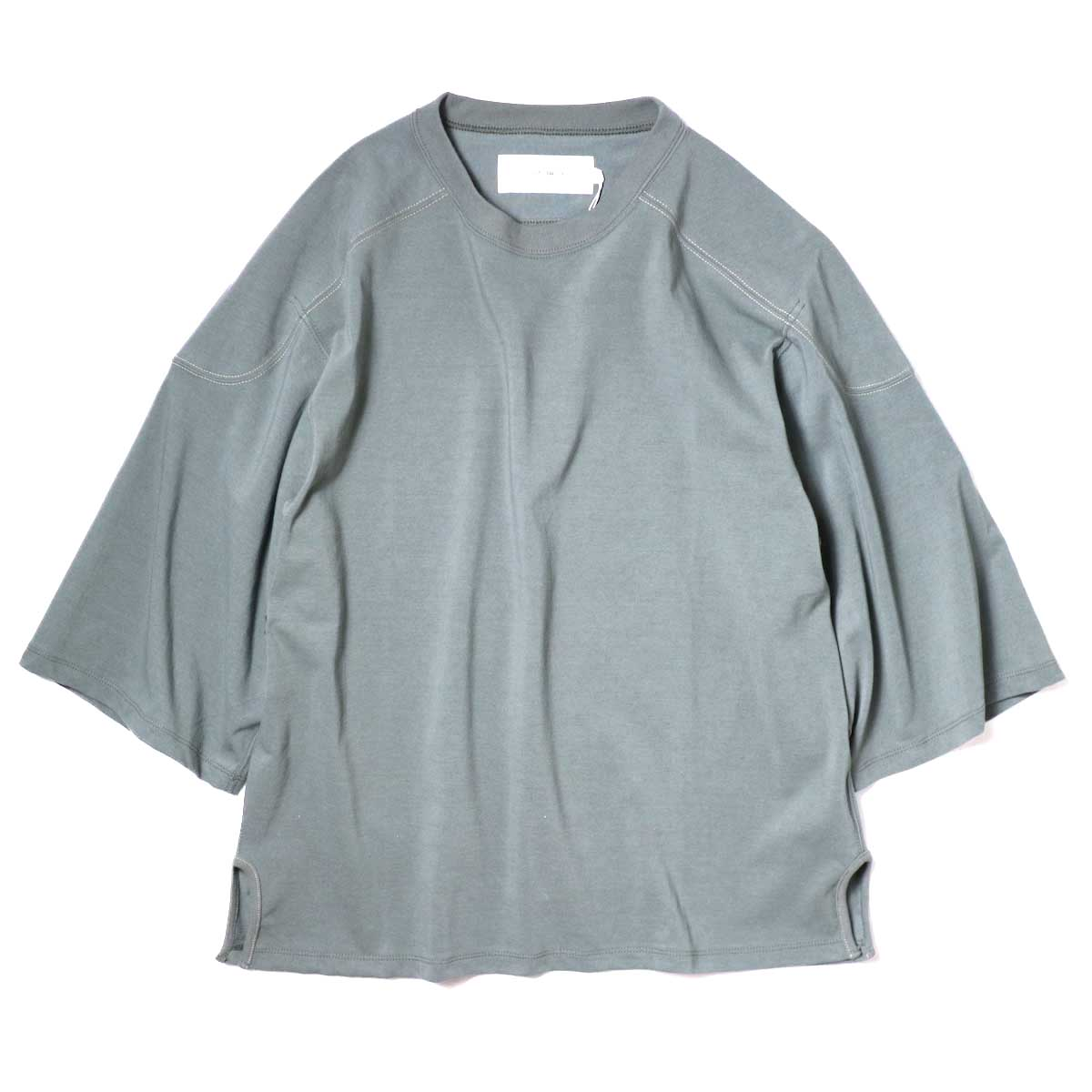 JANE SMITH / CLASSIC FOOTBALL T-SHIRT (Sage Green) 正面
