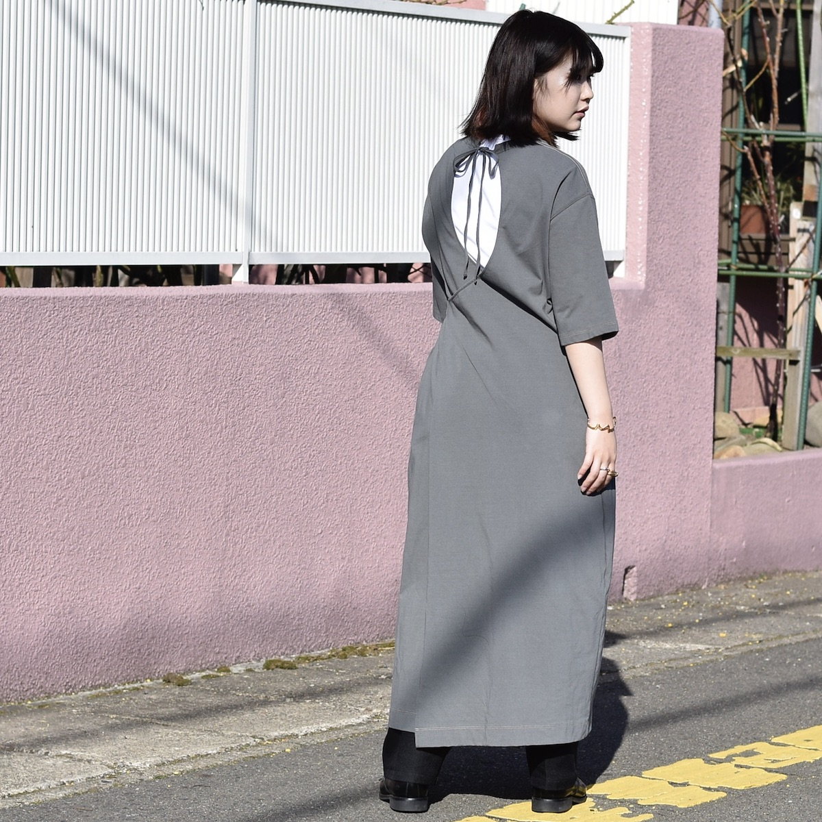 JANESMITH / BACK CACHECOEUR OP (Sage Green) 着用画像②