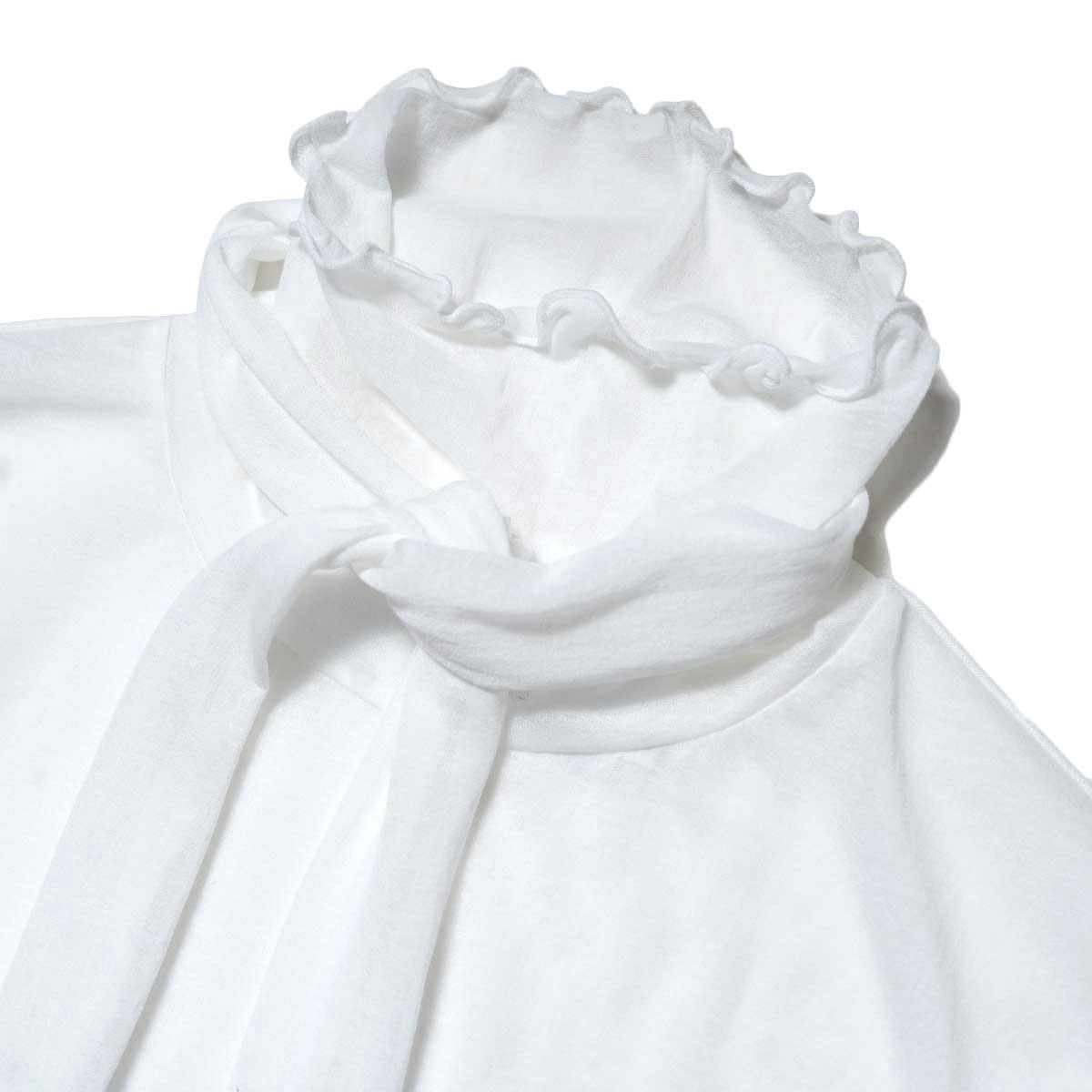 JANE SMITH / SHEAR BOW HIGHNECK PULLOVER (White) 襟