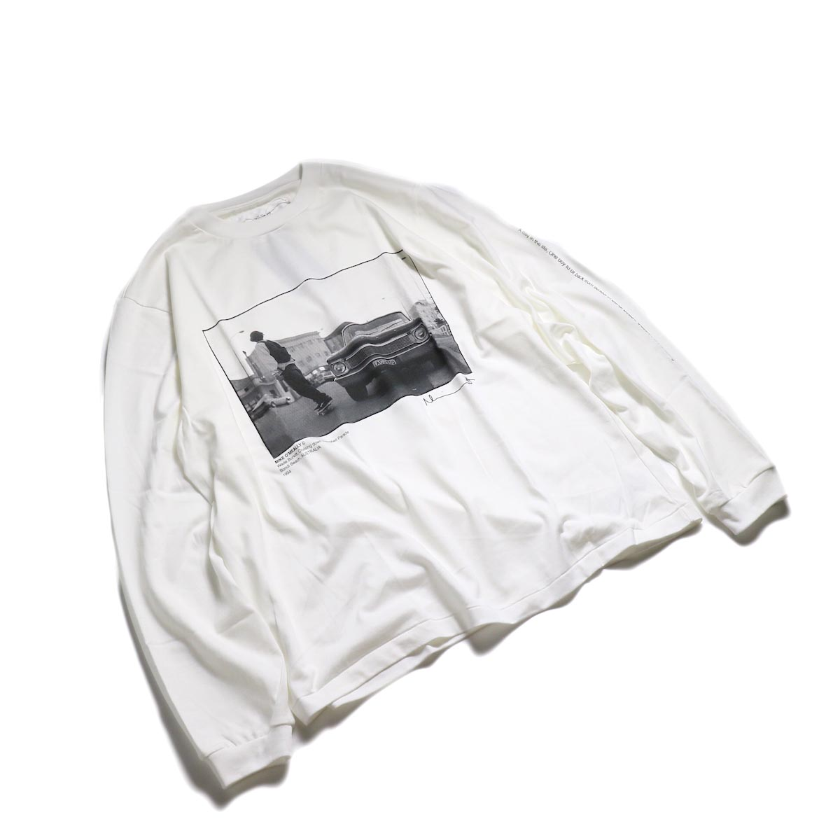 JANE SMITH / MIKE O'MEALLY CRUSING DOWN CAMBELL PARADE L/S -White 全体
