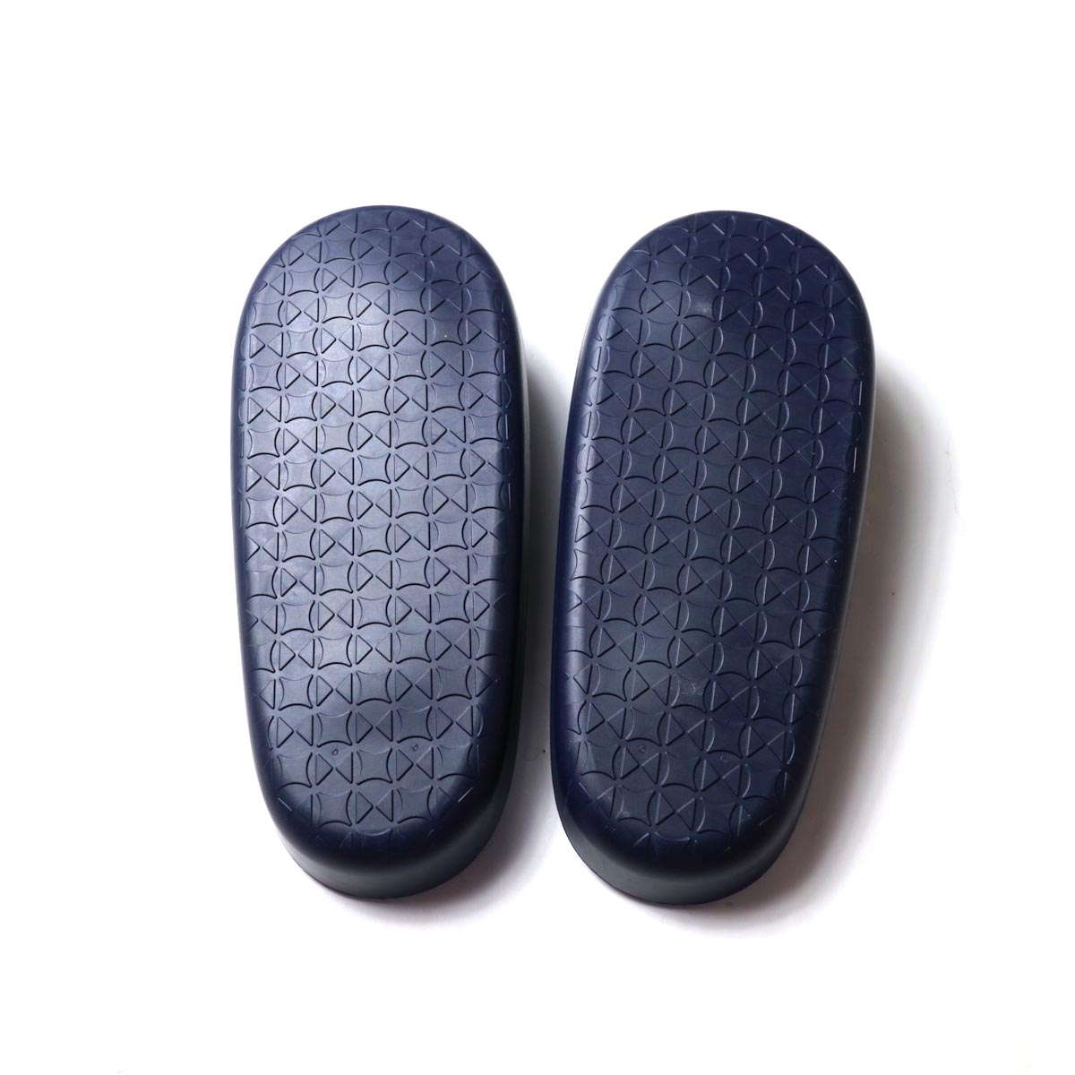 JOJO / Beach Sandal -Black (細鼻緒 / Navy Suede)アウトソール