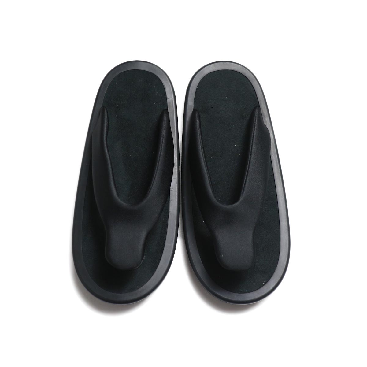 JOJO / SANDAL -Black (Black Suede) 正面