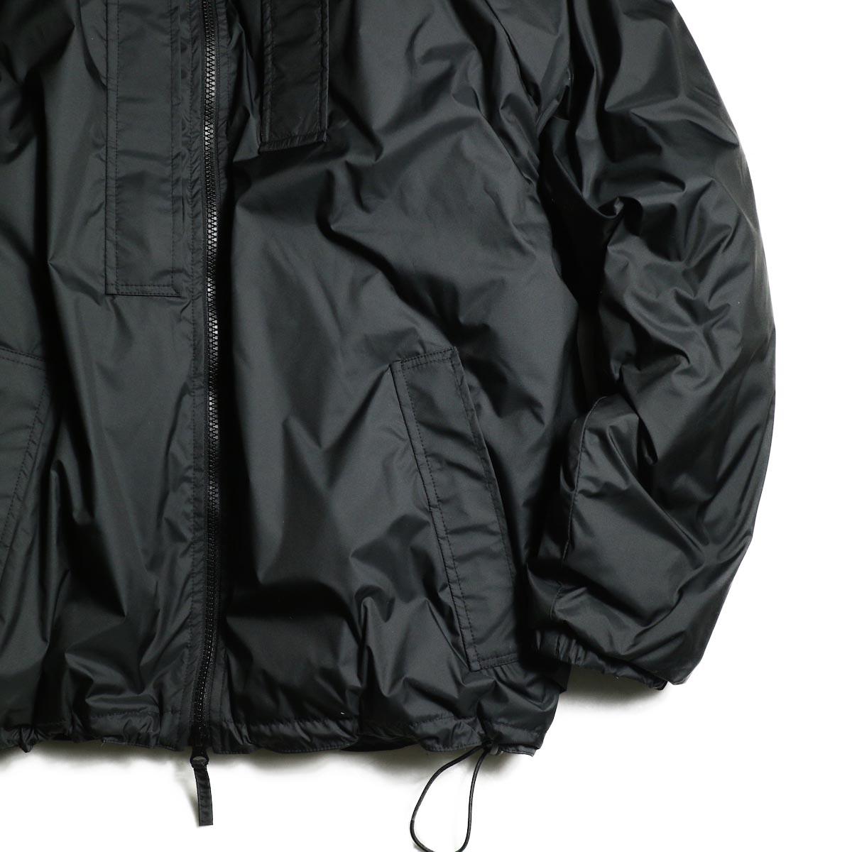 J&S Franklin / BRITISH ARMY PCS LIGHT WEIGHT DOWN JACKET (Black) 袖、裾