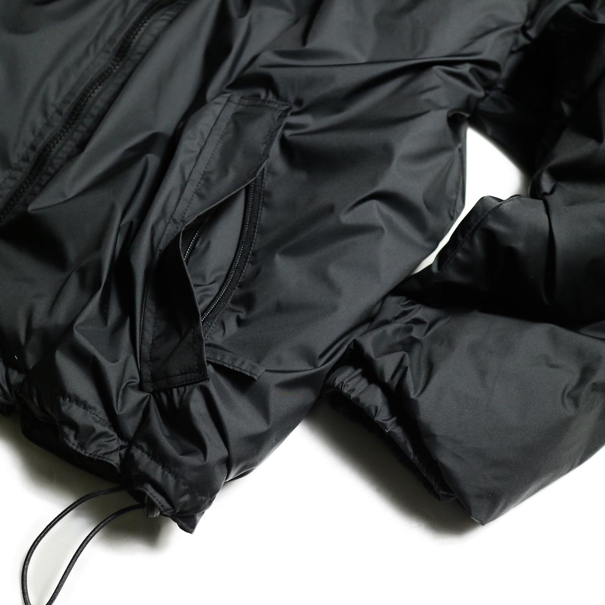 J&S Franklin / BRITISH ARMY PCS LIGHT WEIGHT DOWN JACKET (Black) ドローコード