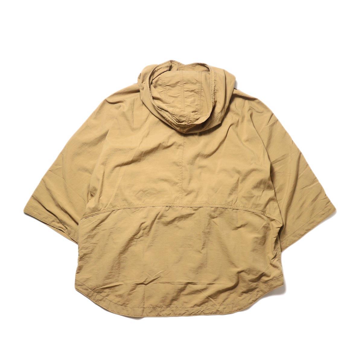 KHA:KI / TYPE-51 HOODED CAPE (camel) 背面