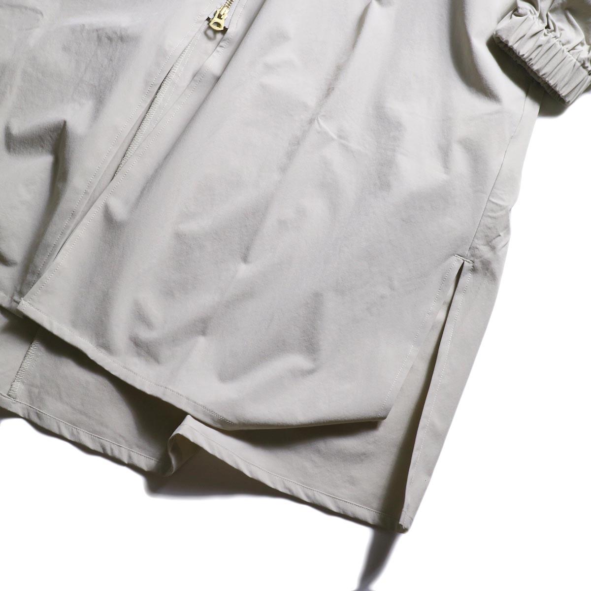 kha:ki /  ZIP HOODED COAT (GRAYGE) 裾