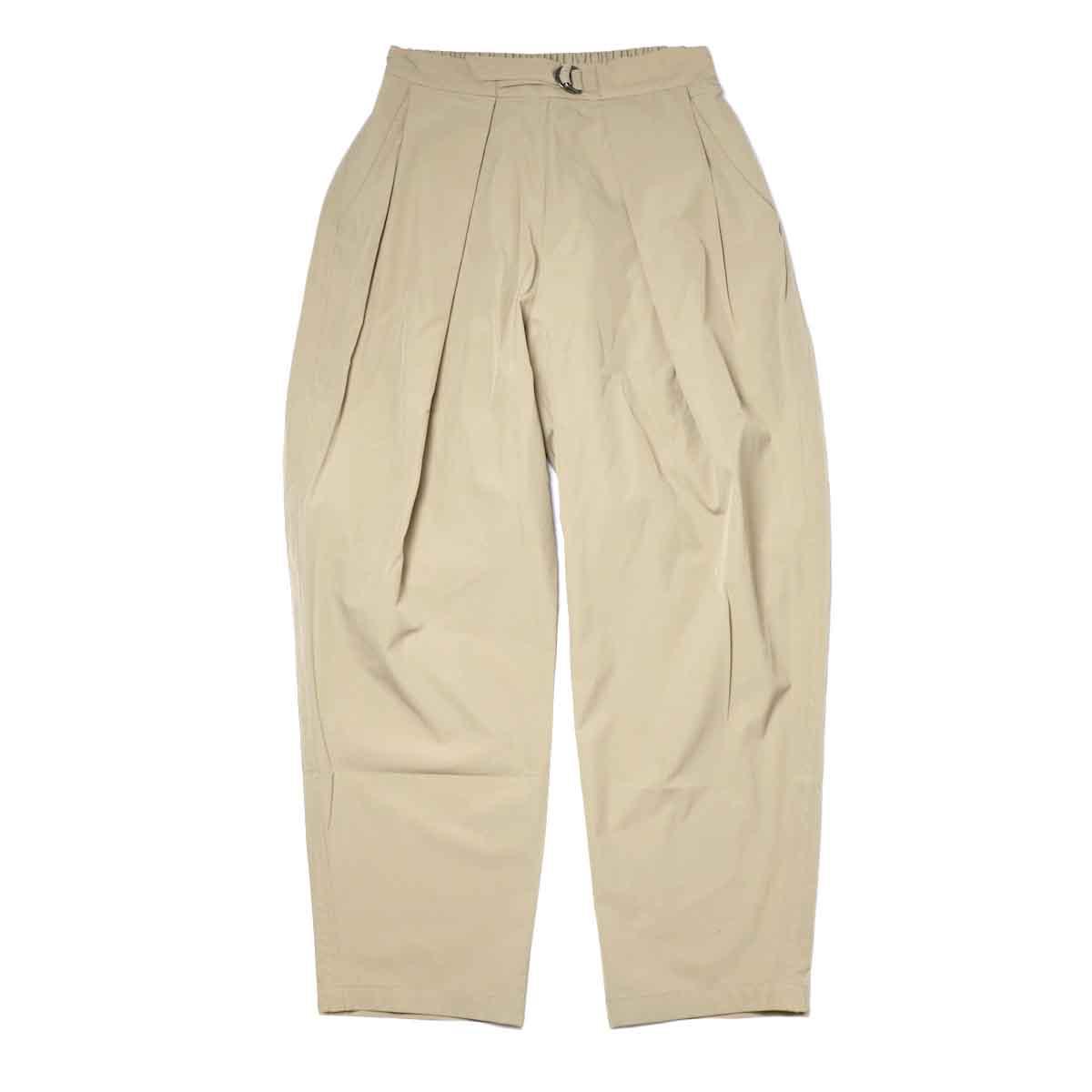 KHA:KI / SIDE WRAP BELTED PANTS (Beige) 正面
