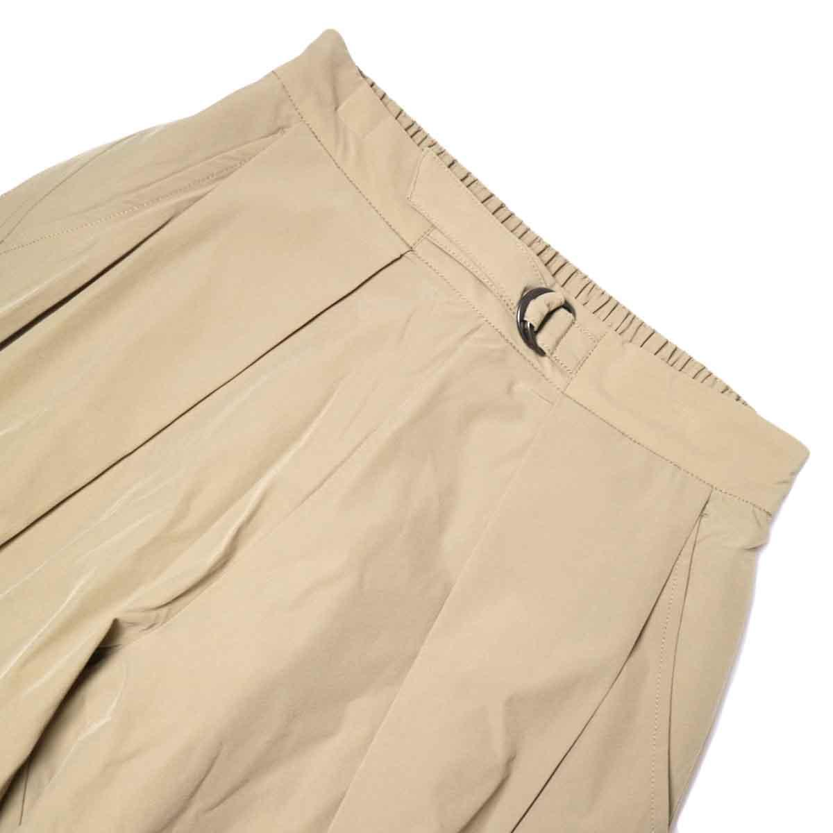 KHA:KI / SIDE WRAP BELTED PANTS (Beige) フロントアップ
