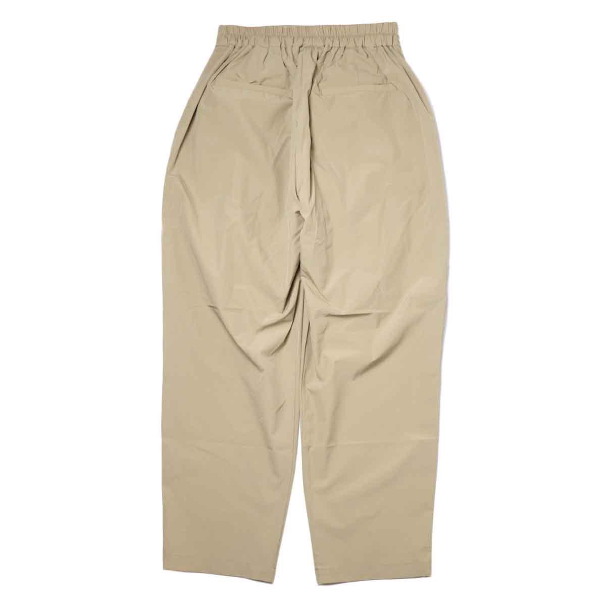 KHA:KI / SIDE WRAP BELTED PANTS (Beige) 背面