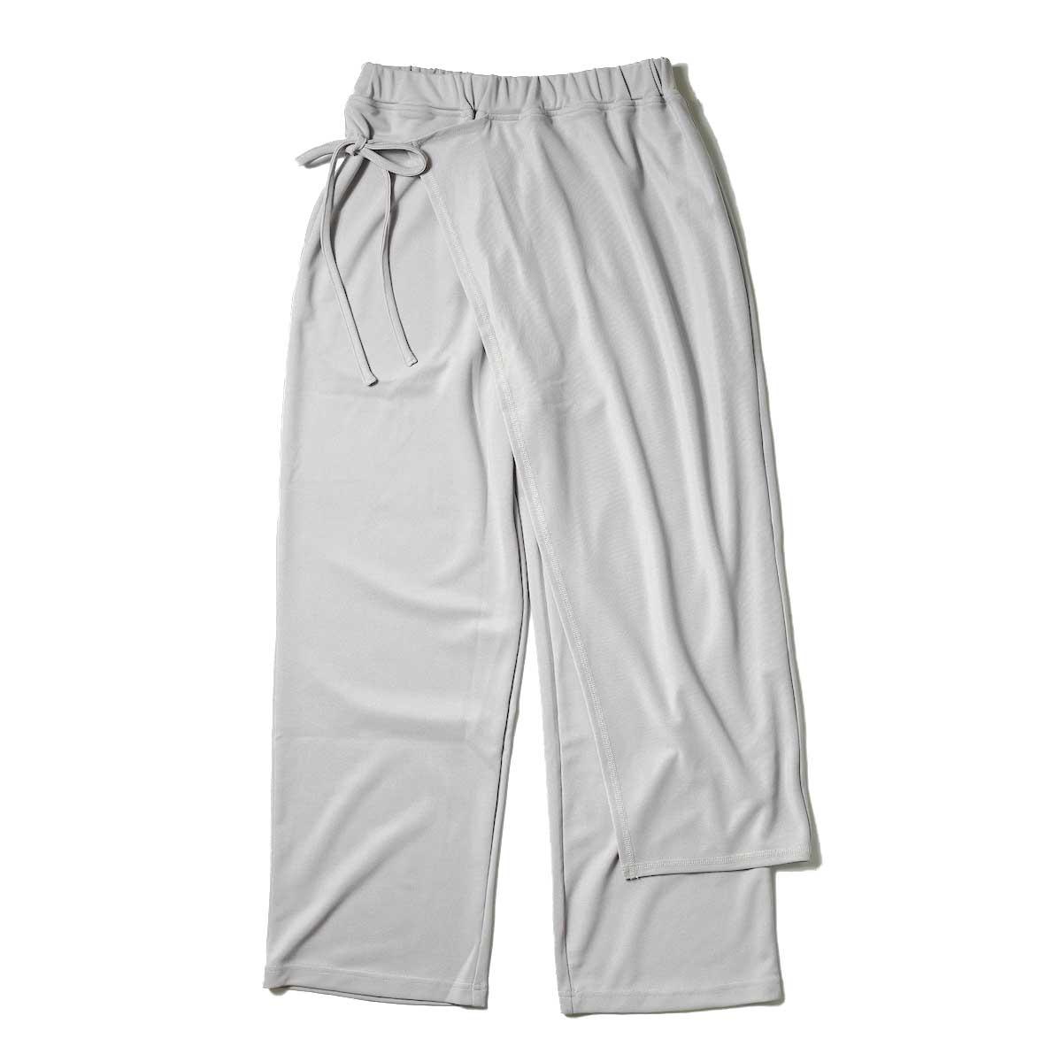 KHA:KI / SIDE WRAP PANTS (Grayge) 正面①