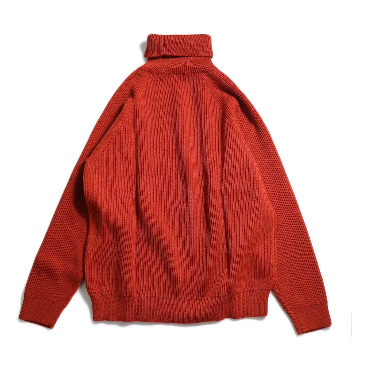 Living Concept / LOW GAUZE TURTLENECK KNIT -RED 背面