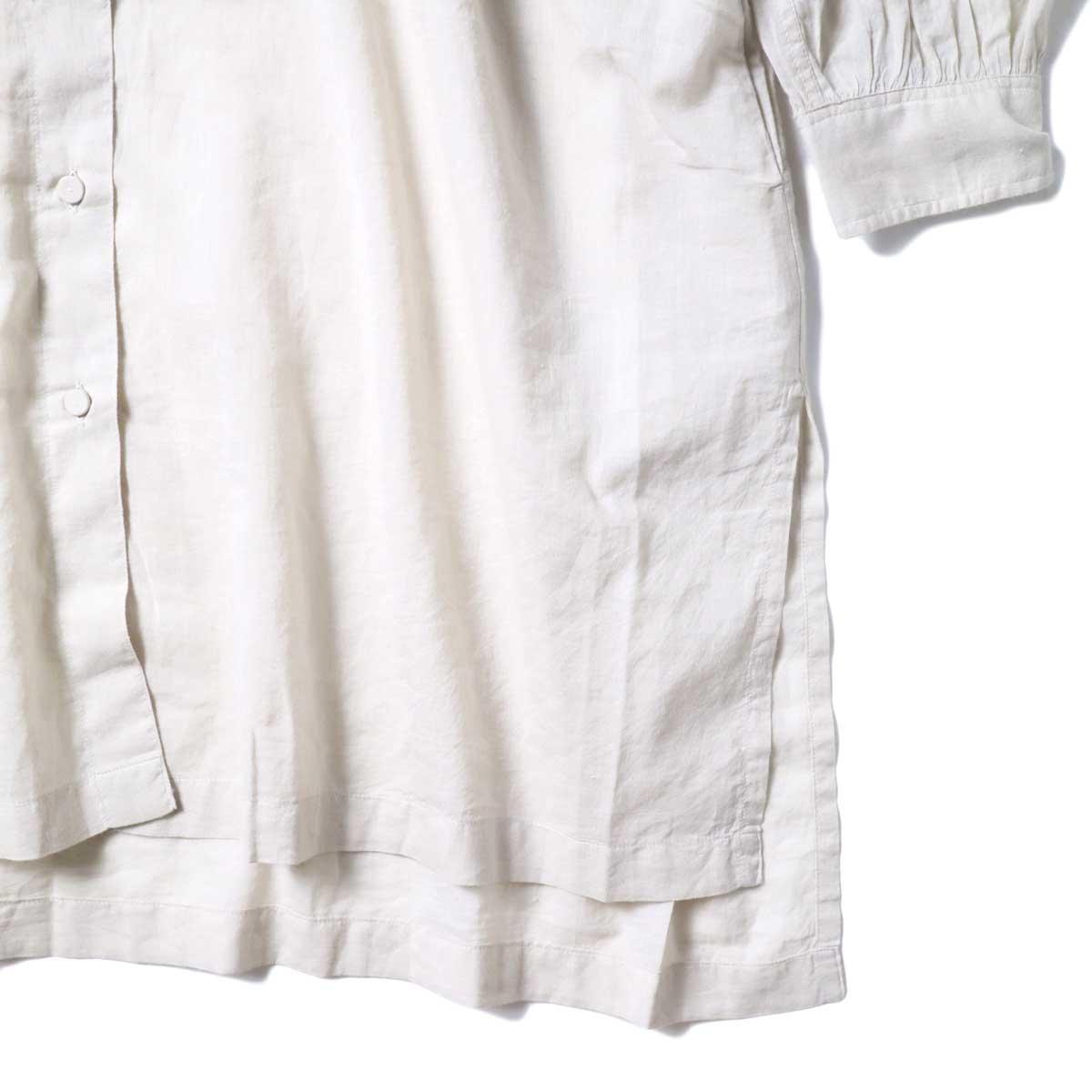maison de soil / KHADI BANDED COLLAR BACK PINTUCK SHIRT (Milk Grey) 袖・裾