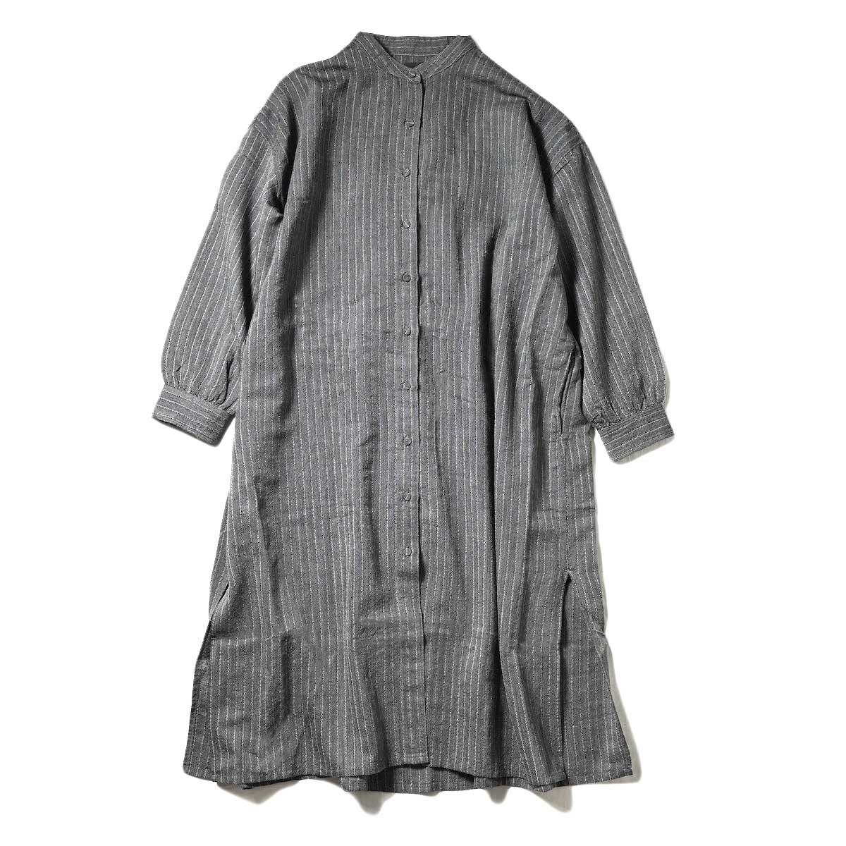 maison de soil / BANDED COLLAR BACK PLEATS MAXI SHIRT (Black / Antique White Stripe)