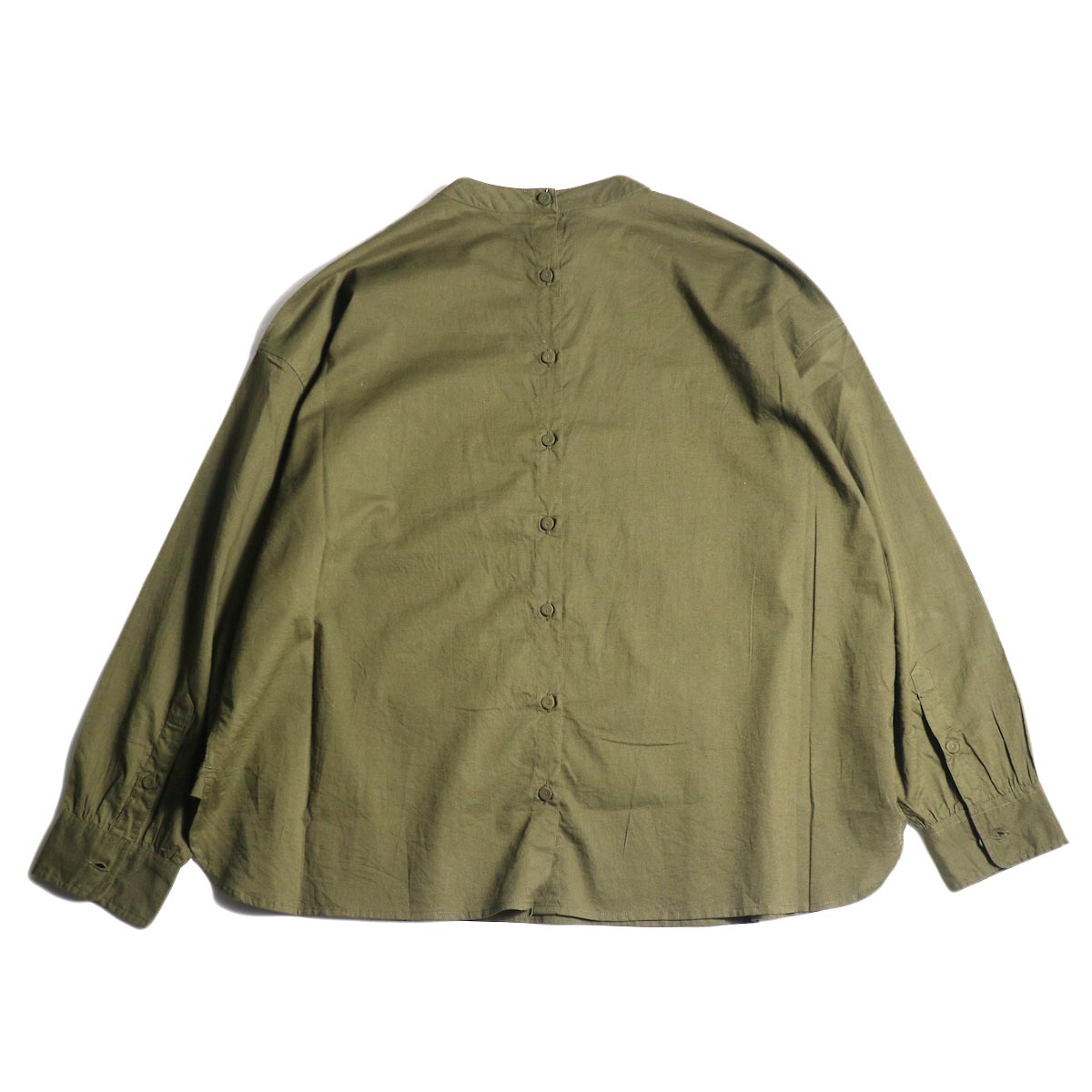 maison de soil / BACK OPENING STAND COLLAR SHIRTS(DK.OLIVE) 背面