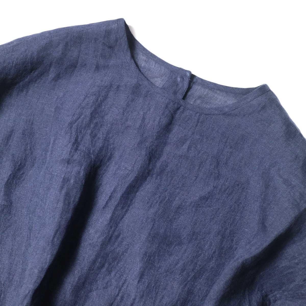 maison de soil / BACK OPENING CREN-NECK SHIRT DRESS (Navy) 襟