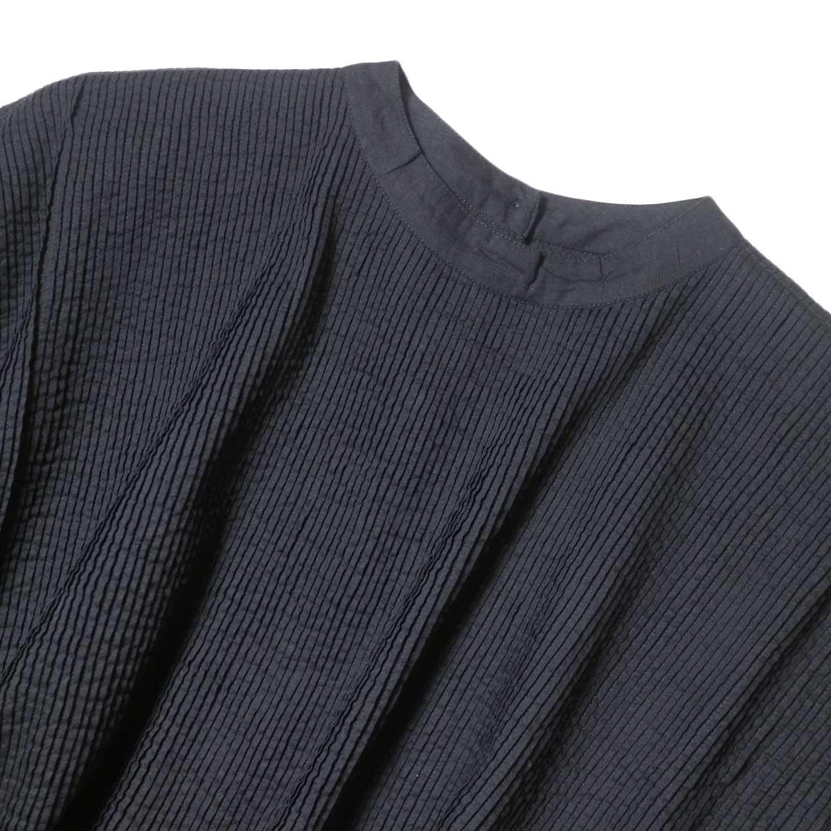 maison de soil / BACK OPENING STAND COLLAR SHIRT WITH MINI PINTUCK (Black) 襟