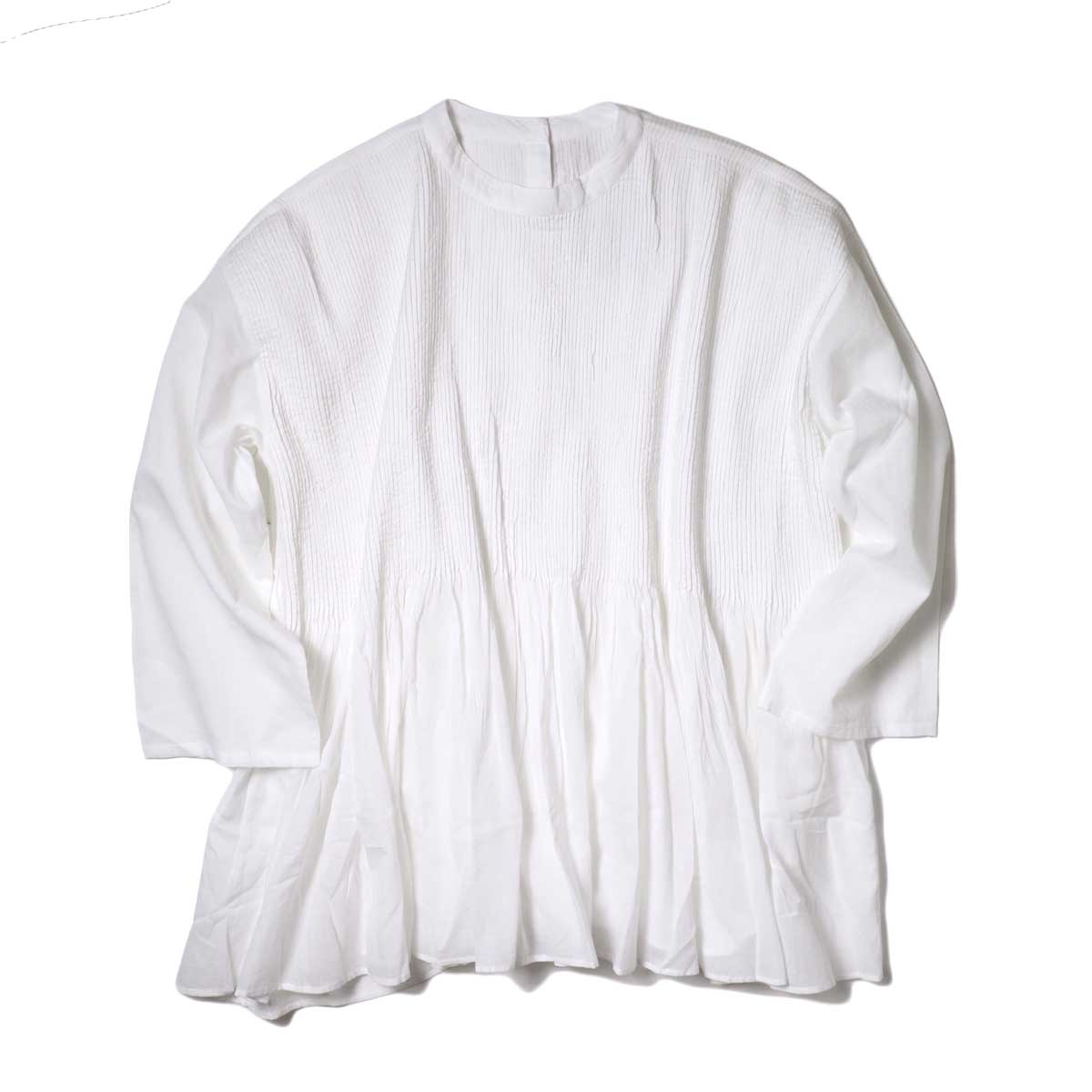 maison de soil / BACK OPENING STAND COLLAR SHIRT WITH MINI PINTUCK (White)