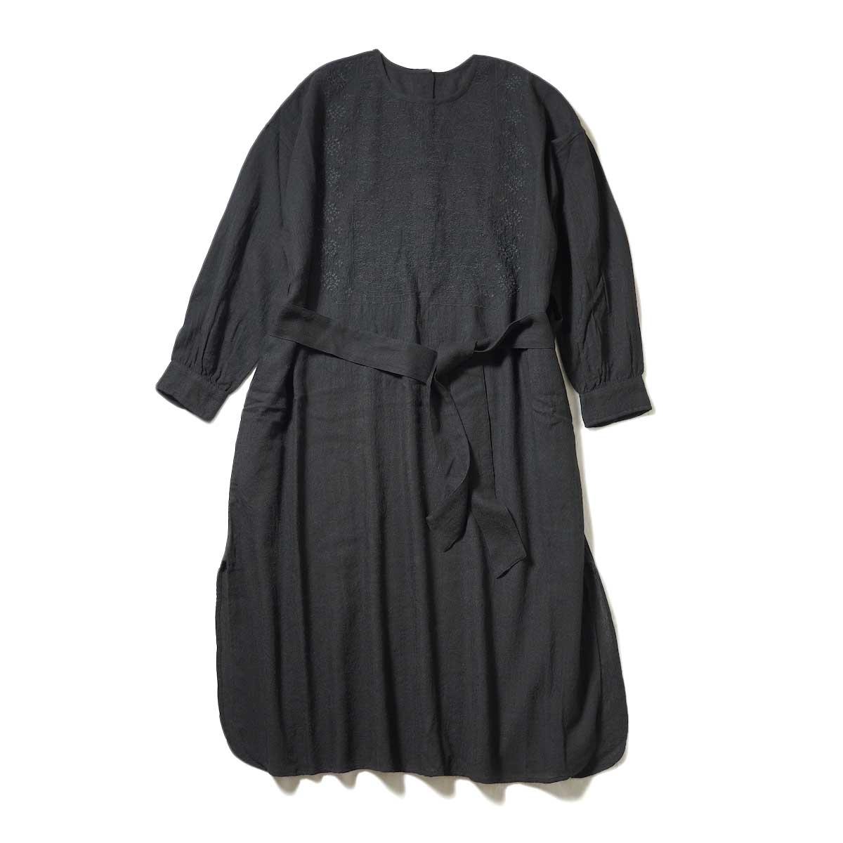 maison de soil / BACK OPENING CREN-NECK EMS SHIRT DRESS (Black)