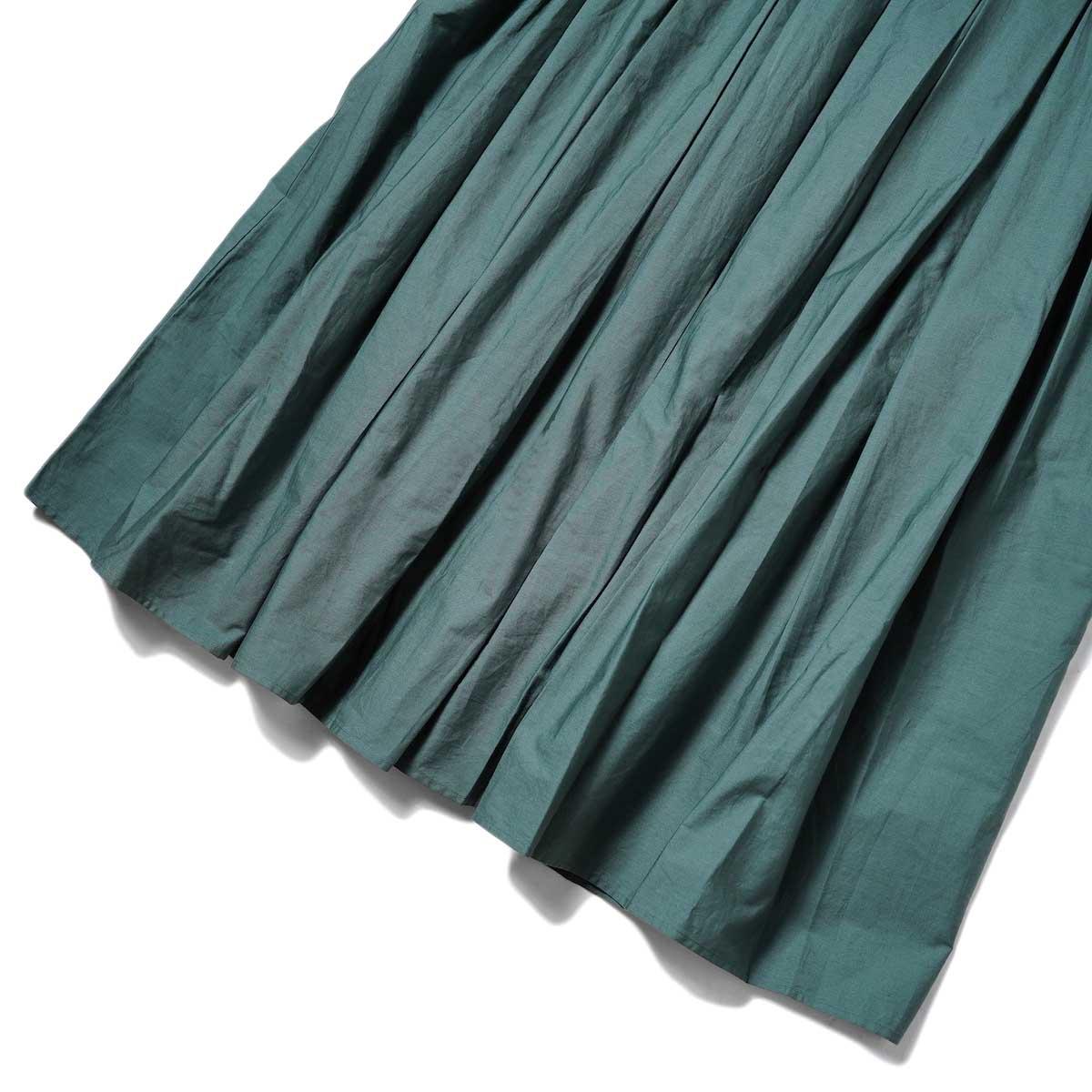 maison de soil / INVERTED PLEAT CREW-NECK P/O DRESS (Dk. Green) 裾