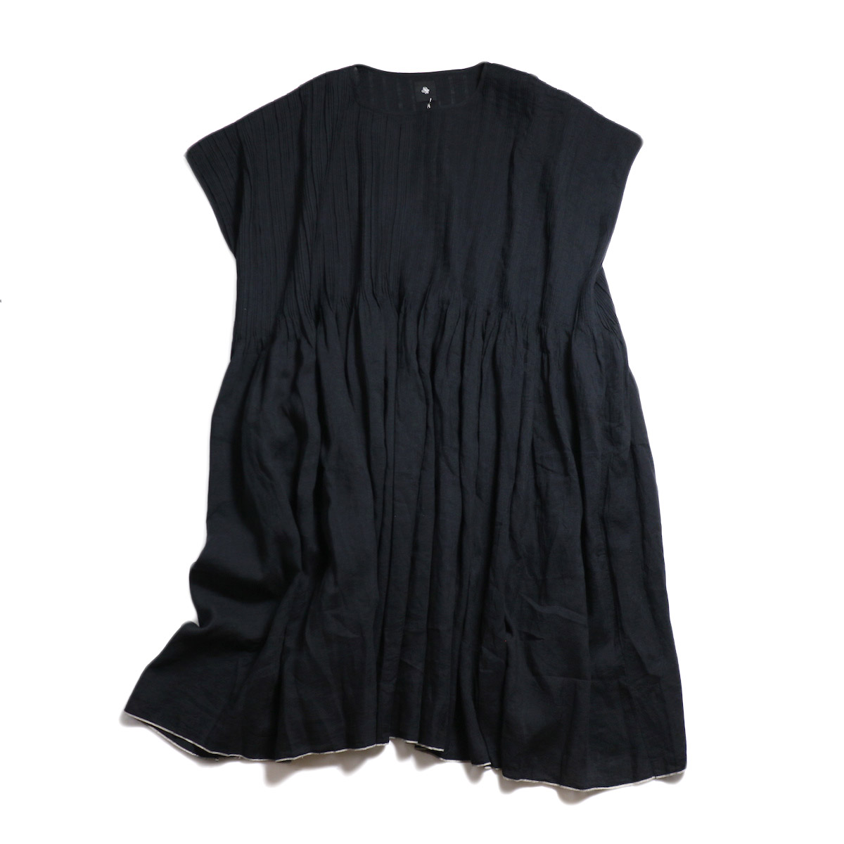 maison de soil / Pandom Pleats Dress -Black 正面
