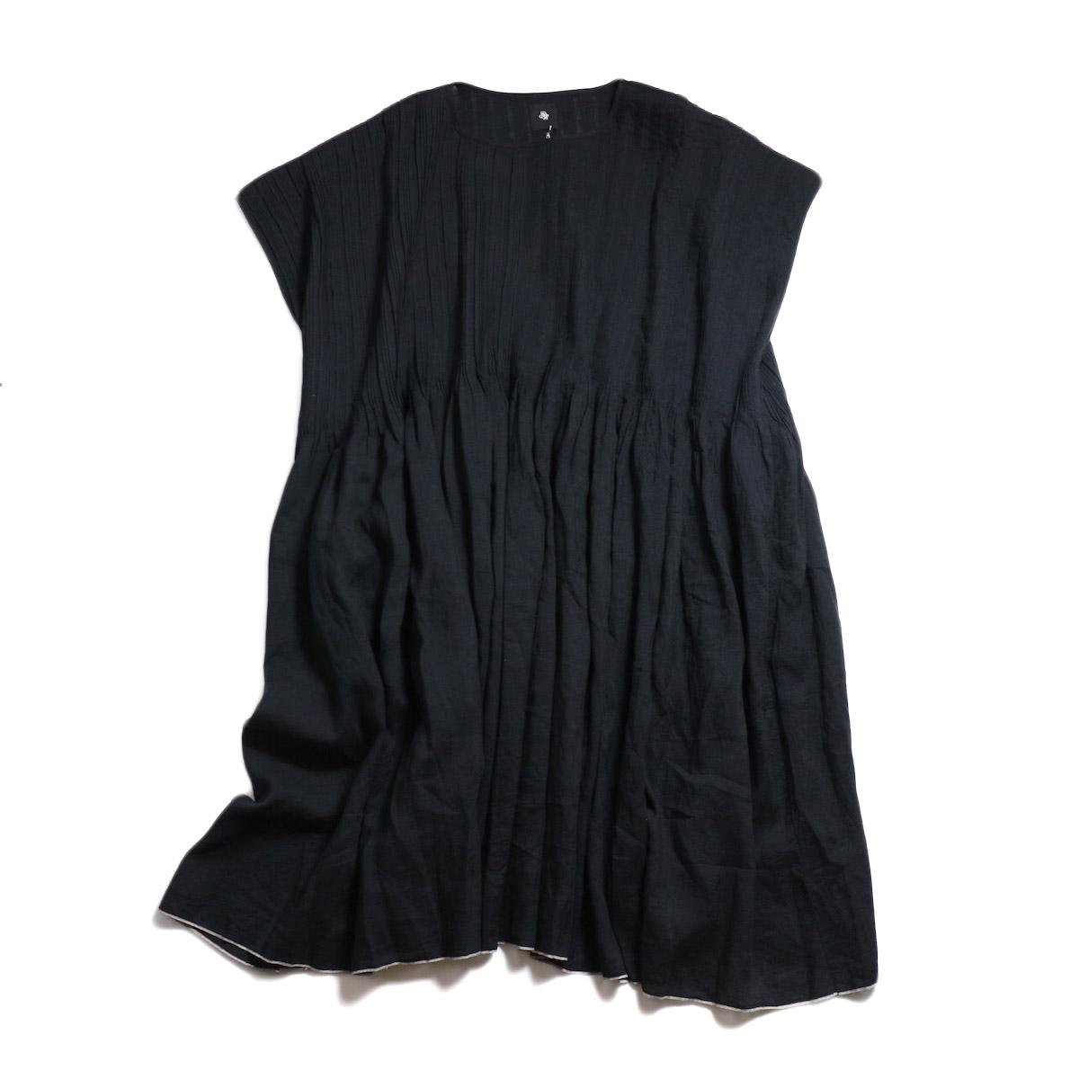 maison de soil / Random Pleats Dress -Black 正面