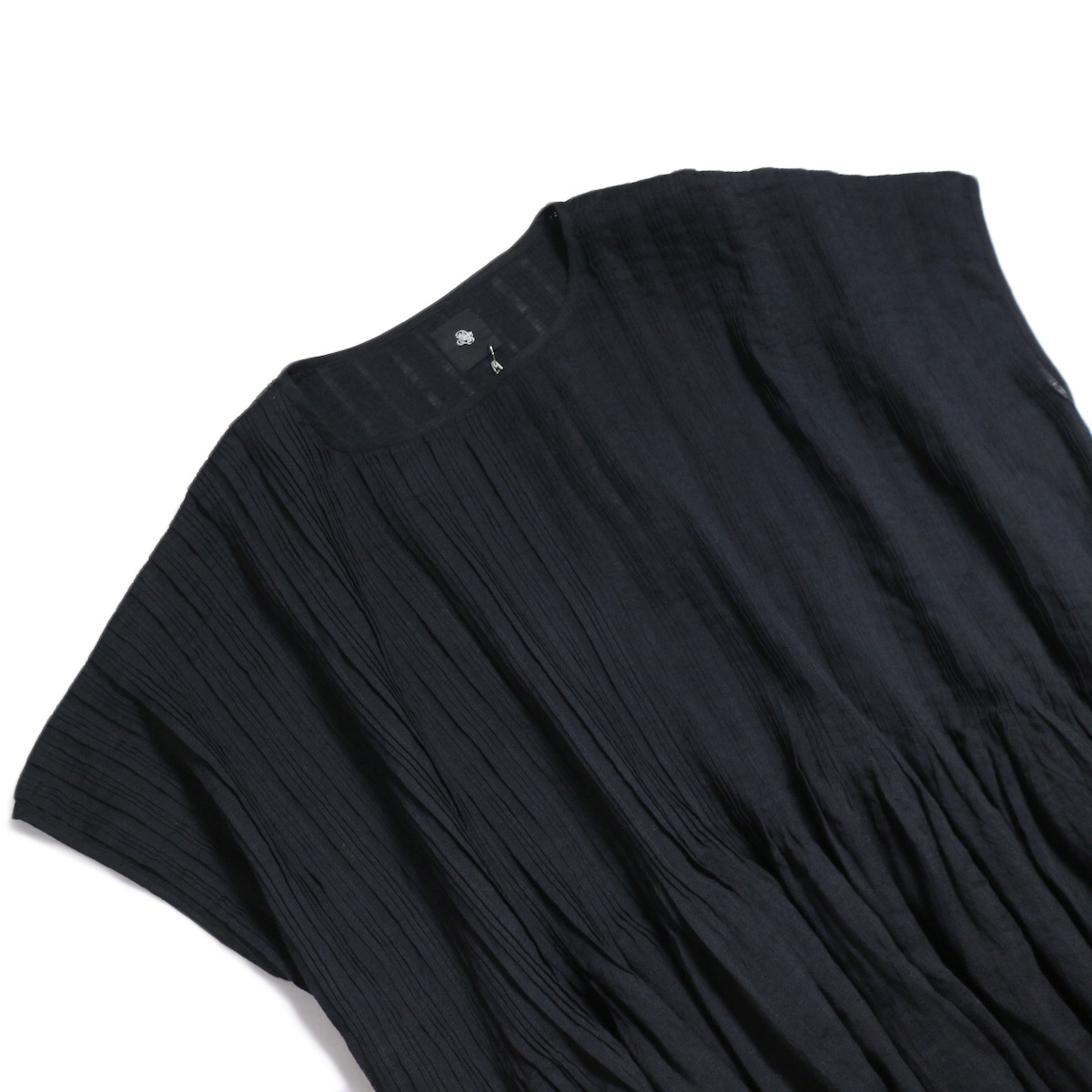 maison de soil / Pandom Pleats Dress -Black 首元