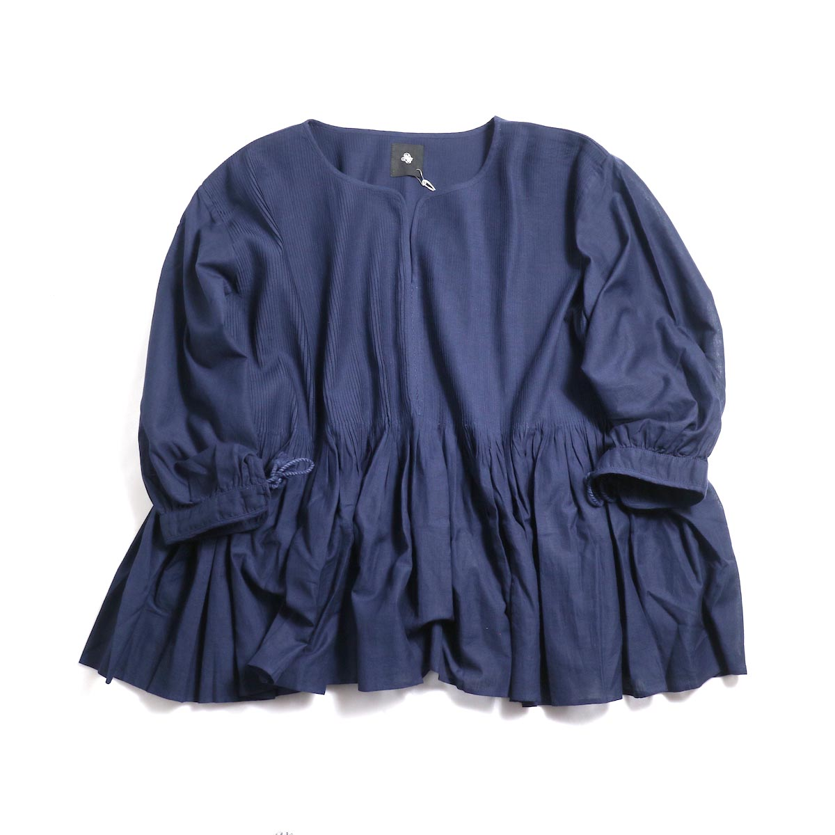 maison de soil / Mini Pintuck Pullover With Hand Crochet-Dk.Navy