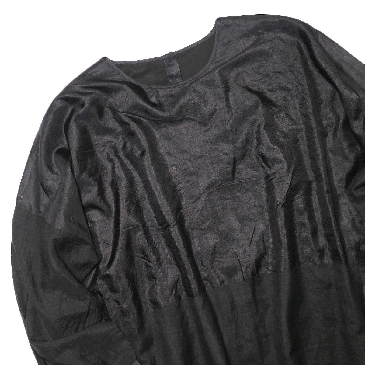 maison de soil / HAND WOVEN COTTON SILK × SILK PLAIN DROP SHOULDER DRESS (black) フロント