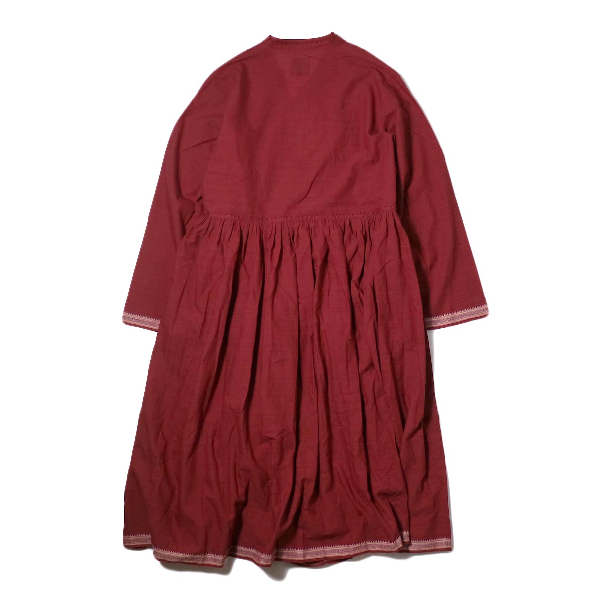 maison de soil /  CACHE COEUR DRESS (deep red) 背面