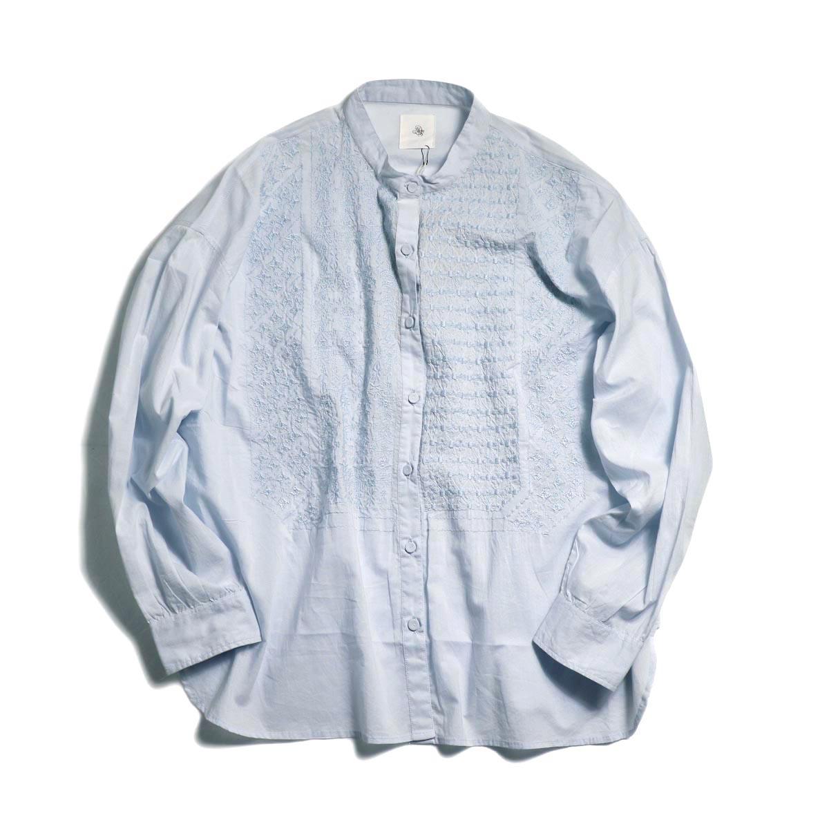 maison de soil / Banded Collar Emb Shirt -Sax Blue