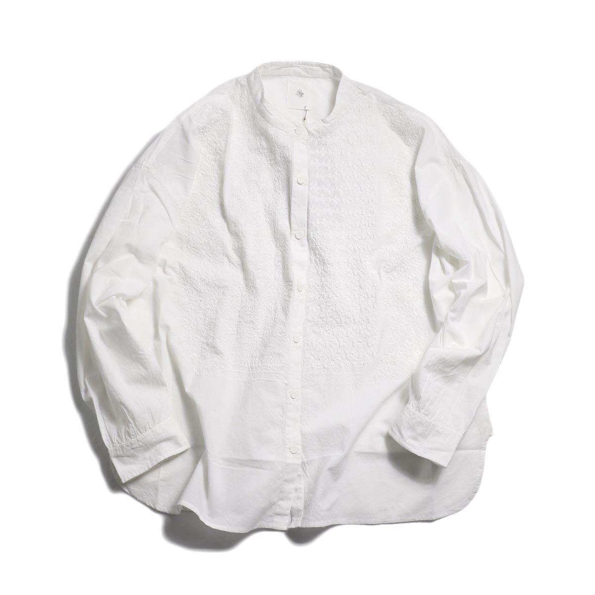 maison de soil / Banded Collar Emb Shirt -White