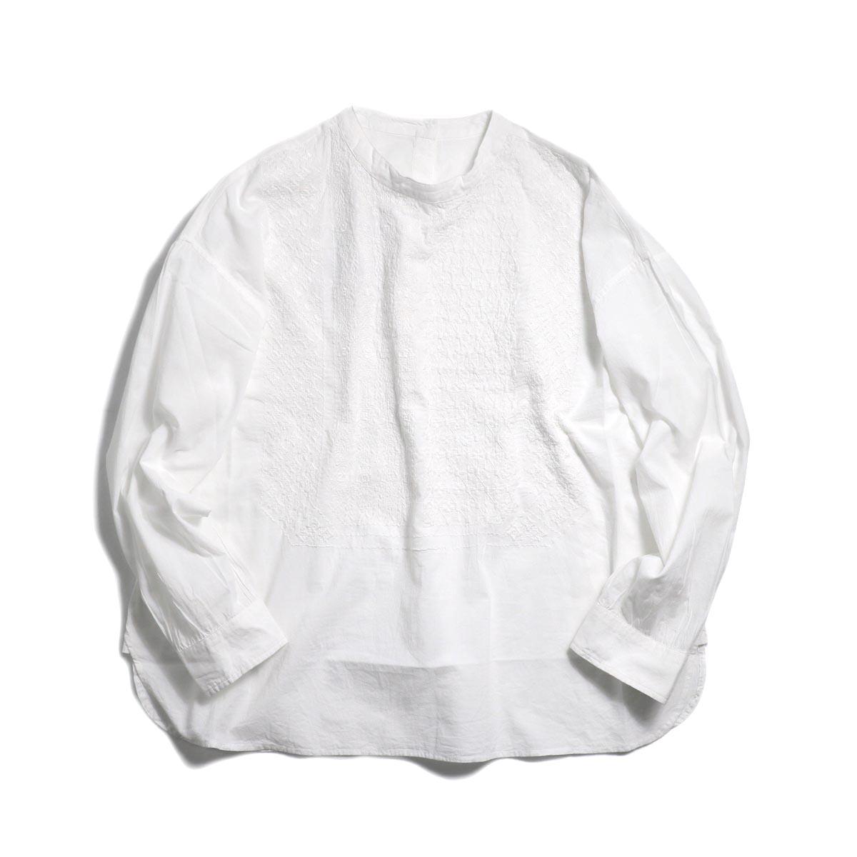 maison de soil / Pullover Stand Collar Emb Shirt -White