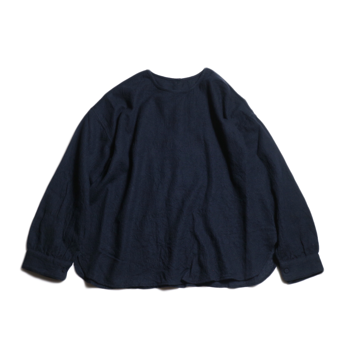 maison de soil / BACK OPENING CREW-NECK SHIRT (Black)