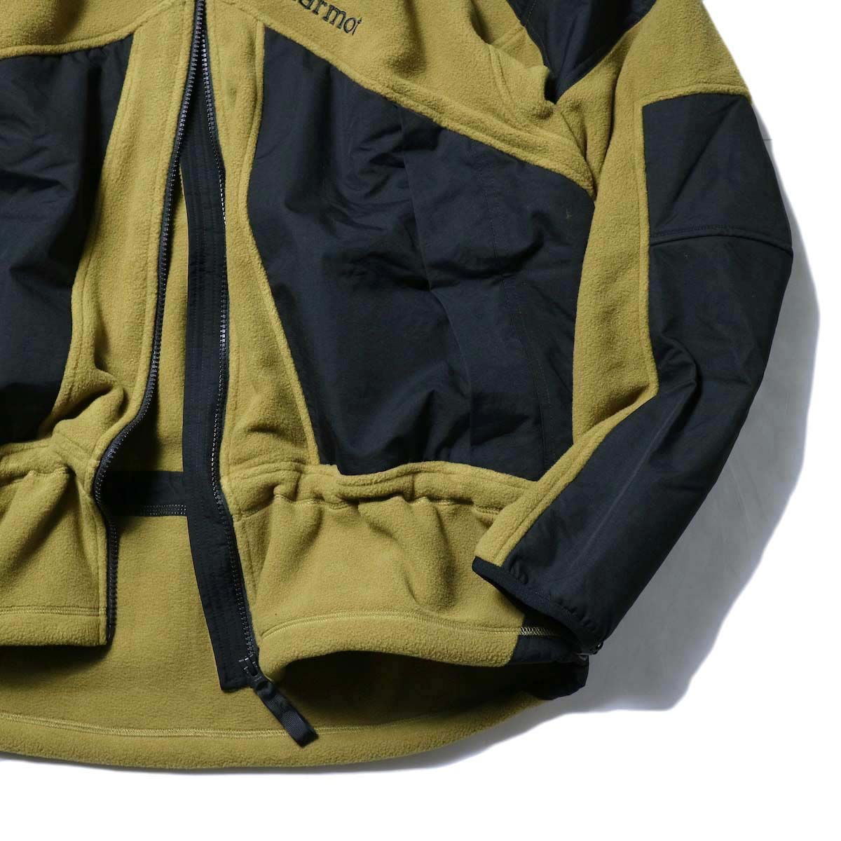 Marmot Histric Collection / Alpinist Tech Sweater (Coyote×Black)袖、裾