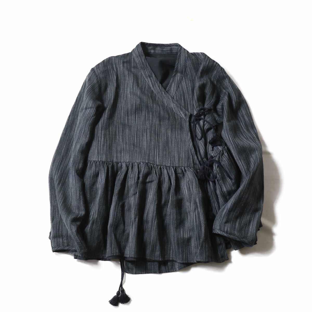 maison de soil / INMDS18641 WOOL REVERSIBLE GATHERED BROUSE -BLACK×GRAY