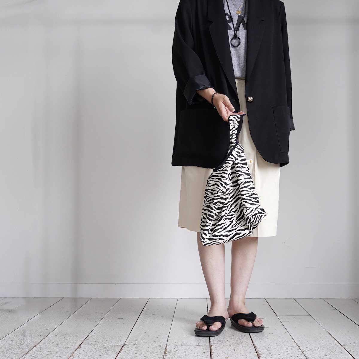 MASTER & Co. / ECO BAG SMALL (Zebra) 着用画像①