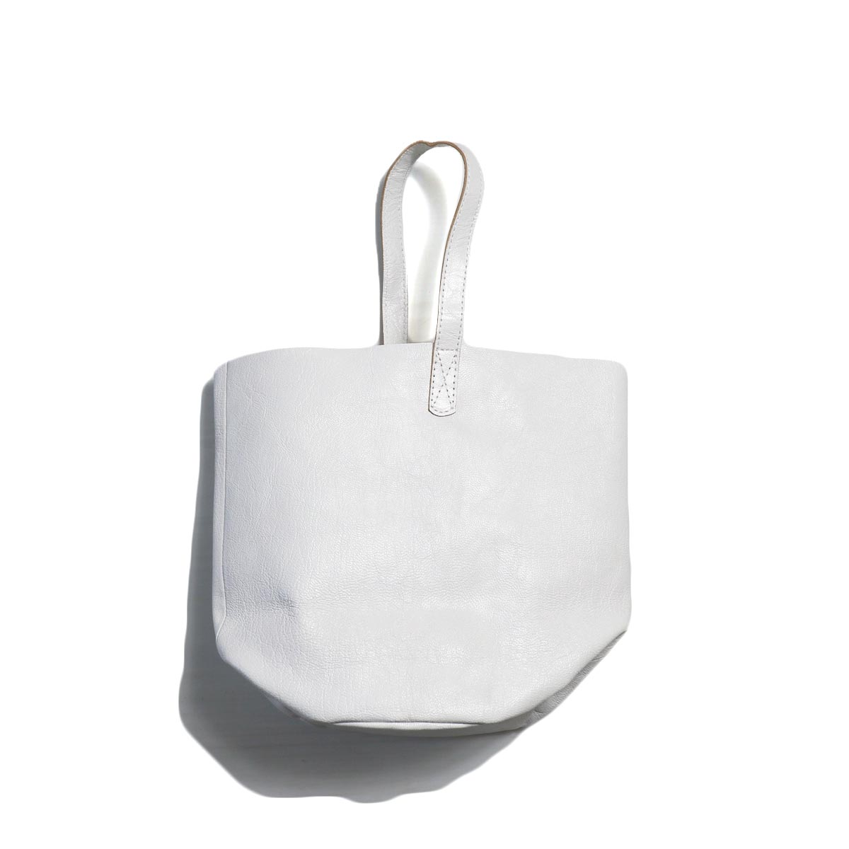 MASTER & Co. / GOAT ONE HANDLE BAG -WHITE