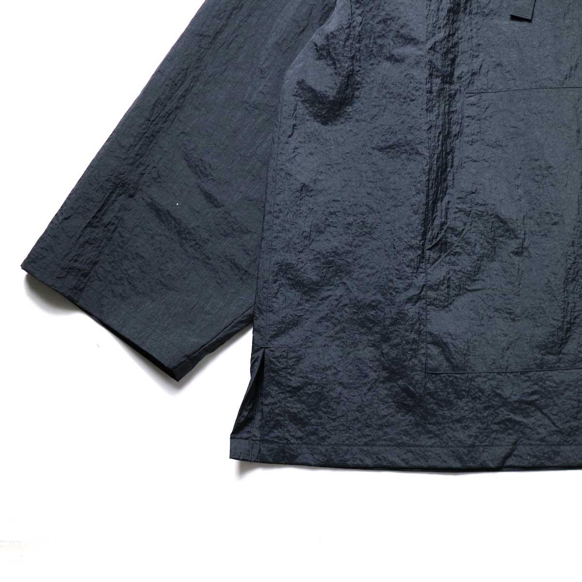 MexiPa / Nylon Mexican Parka (Black) 袖、裾
